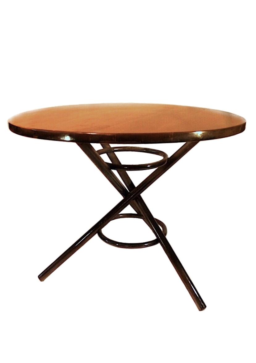 Дизайнерский венский стол в Украине от Bent