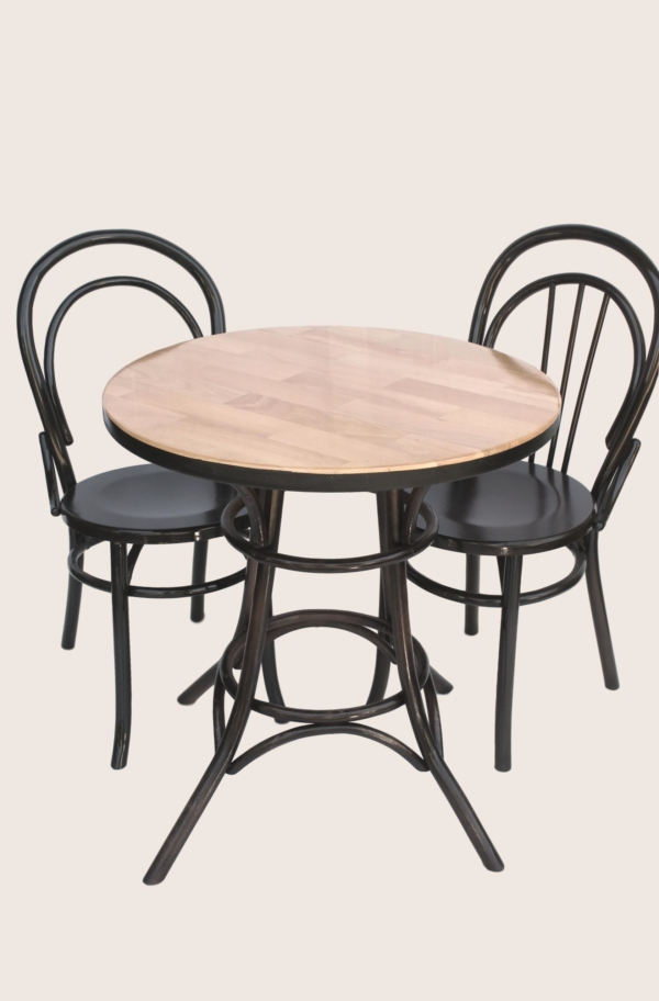 Wood table with Viennese chairs